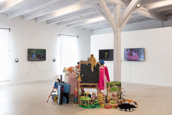 "The Sharing Project installation, which explores the meaning of sharing via a series of videos and a communal sculpture of shared objects, is showing at the Kunst(Zeug)Haus in Rapperswil-Jona, Switzerland as part of the physical, in-person exhibition ""sharity - teilen, tauschen, verzichten."""